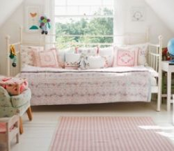 childs bedroom decor